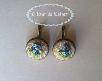 earrings embroidery