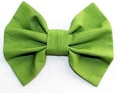 Green Hair Bow, fille cheveux Bow, grand arc vert, Teen Hair Bow Bow cheveux vert vif