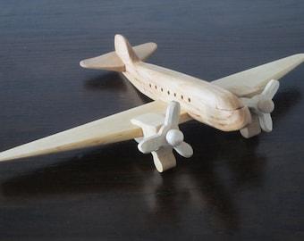 DOUGLAS DC-3 Dakota DC 3 raisin bomber vintage wood handmade