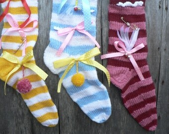 Set of three exclusive knitted Christmas stocking - yellow - blue - red - Christmas gifts - Christmas decor