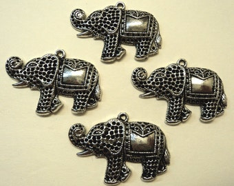 Elephant pendant charms 4 pc lot l