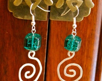Emerald Green Murano Glass Hammered Silver Spiral Earrings