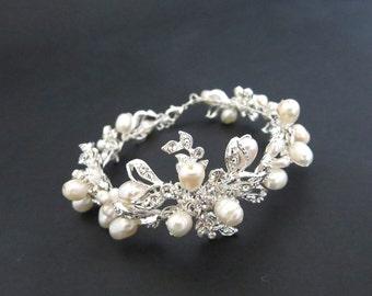 Rhinestone and pearl bracelet, Bridal bracelet, Freshwater pearl bracelet, Cuff bracelet, Bridesmaid jewelry