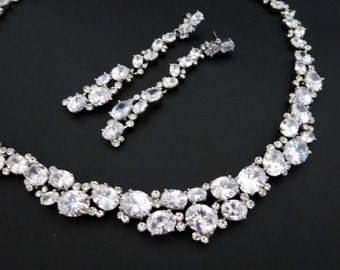 Statement Bridal necklace set, Wedding jewelry set, Long wedding earrings, Crystal necklace and earrings, Cubic zirconia jewelry