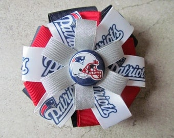 NEW ENGLAND PATRIOTS Hair Bow - 4 inch stacked ribbon style with decorative button center