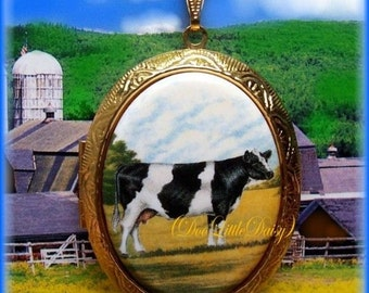 COWS Porcelain Black & White Holstein COW Cameo Costume Jewelry Goldtone Locket Pendant Necklace for Photos with 24 inch Chain for Photos