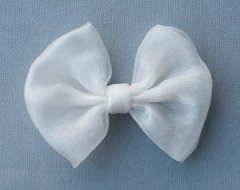 White Chiffon hair bow, summer hairbow, hair clip / alligator / barrette for girls, hair accessory for all hair types