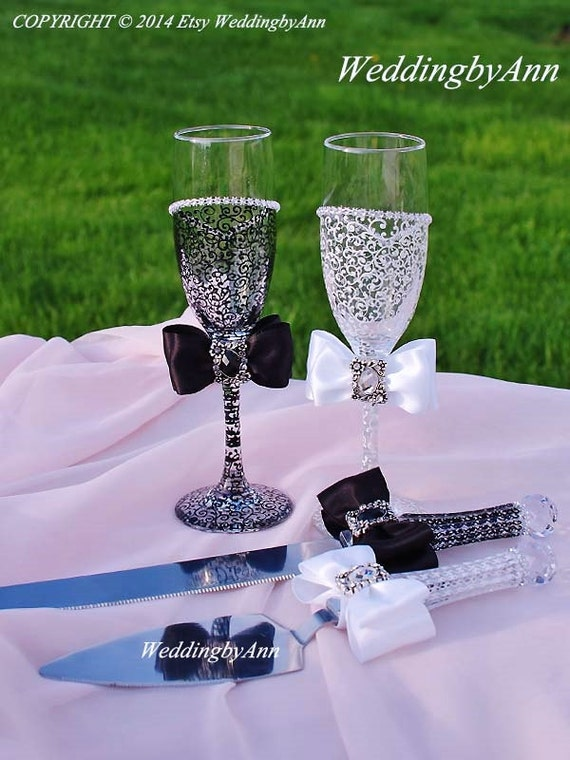 Wedding Cake Serving Set And Wedding Champagne Toasting Flutes