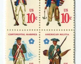 12 Unused 1975 American Revolutionary War Uniforms - Vintage Postage Stamps Number 1565 - 1568