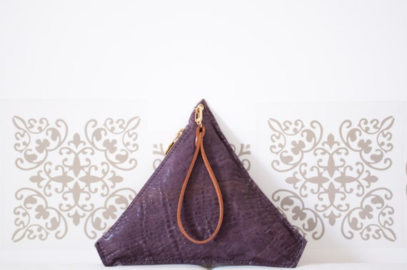Triangular purple leather clutch. Handmade