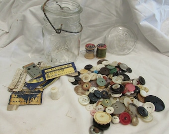 "GIFT IDEA! ""Grandma's Sewing Jar"" Vintage BALL Pint Mason Jar Packed With Vintage Sewing Notions"