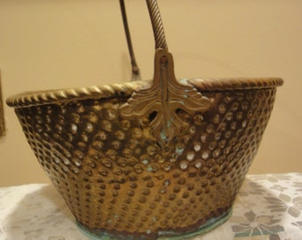 Vintage Brass Basket/Baskets/Brass Baskets/Brass Easter Basket/Brass flower Baskets