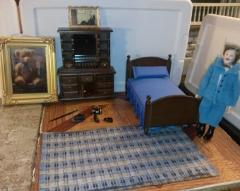 Good Quality Dollhouse Furniture bedroom set lot boy's or men's blue bed w/ dresser paintings blue rug and accessories & male man doll 1/12