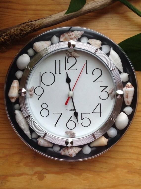 Tick tock seashell clock by kristingems on etsy for Seashell clock
