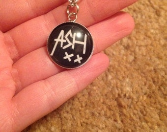 5sos cabachon necklace (ash)