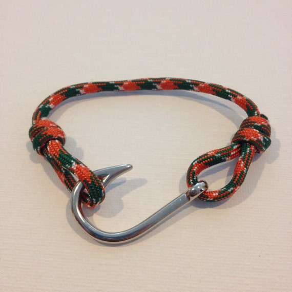 Hurricane fish hook paracord bracelet by hookedupjewelry for Fish hook paracord bracelet