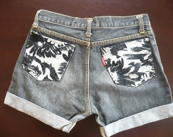 Upcycled Short  Jeans .