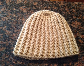 Cocoa brown, ribbed Beanie.