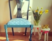 Antieke stoel met een fris eigentijds uiterlijk