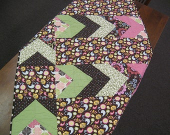 Free shipping in the U.S. for our Pink, Brown, & Green Modern Tween Girl's Quilt