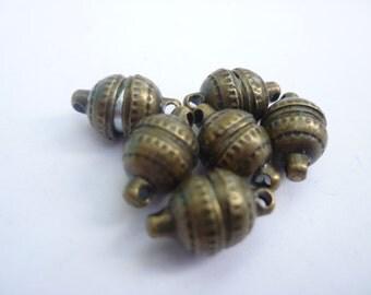 6 Magnetic Clasps Antique Bronze 14 x 8mm  - FD1600