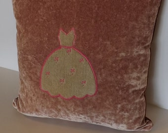 Pillow Cover, 16x16, Pink velvet with ivory velvet party dress applique, one of a Kind, Zipper