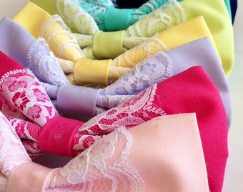 Colourful lace bows