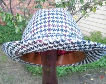 Hat - Tweed Hat Small (54cm) Trilby Style Houndstooth Lock & Co. Hatters London #120