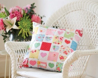 Hearts and Flowers Cushion Pillow Sewing Pattern (803066)