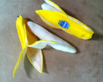 Felt food. Felt banana. Play food. pretend food.Go bananas! Buy one or a bunch of felt bananas for pretend snacking
