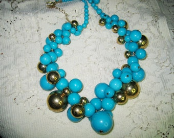 Vtg. Turquoise & Gold Bold Cluster Beaded Necklace