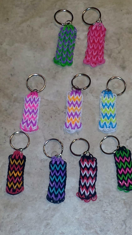 custom rainbow loom rubber band keychain or backpack charm