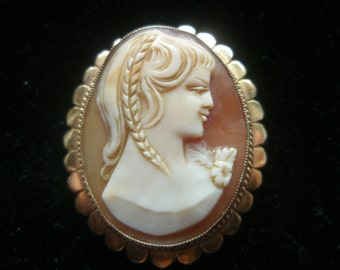 9k Gold Cameo Brooch or  Pendant