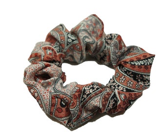 "paisley print viscose hair scrunchie - large (32"")"
