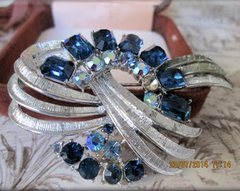 Unique, Rare and Stunning Vintage Designer Silver and Crystal Brooch and Earrings Set.