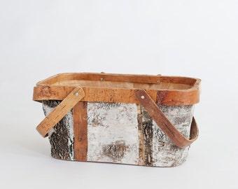Newborn Prop Vintage Wooden Basket