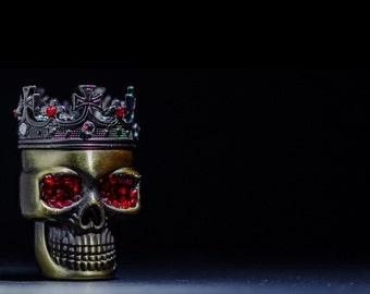 king skull grinder with Swarovski crystal elements