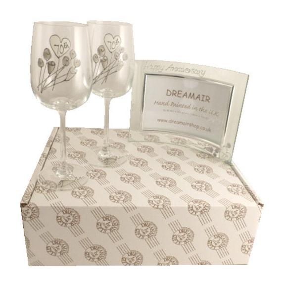 70th Anniversary Wedding Gift Ideas : 70th Platinum Wedding Anniversary Wine Glasses and Photo Frame Gift ...