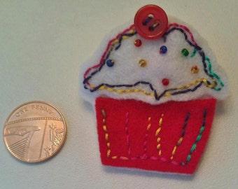Handmade Felt cupcake brooch - cute - gift idea
