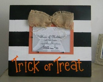 Black and White Trick or Treat Picture Frame 4x6 halloween