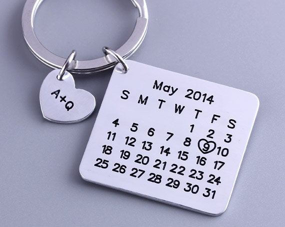 Personalized Calendar Keychain - Hand Stamped Calendar - Special Day Calendar - Anniversary, Wedding, Brithday