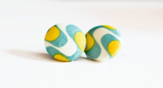 Fabric stud button earrings - Green and Yellow Ankara print - medium size