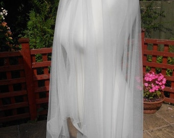 100% Pure Soft Silk 2 Tier Veil, Fingertip Length. With a choice of 3 Different Edgings