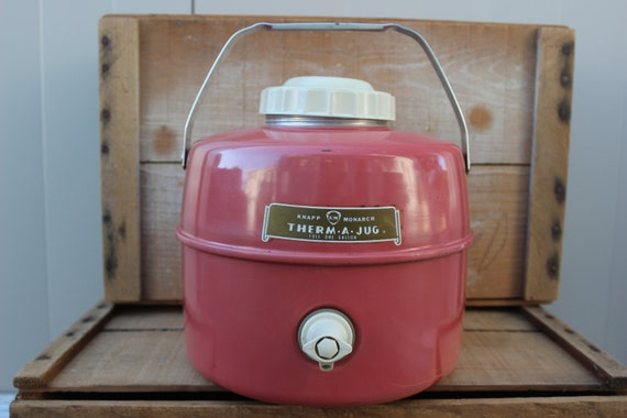 Vintage PATIO PINK Therma A Jug Picnic Camping Jug Cooler with Spigot, Knapp Monarch, One Gallon - Vintage Travel Trailer Decor