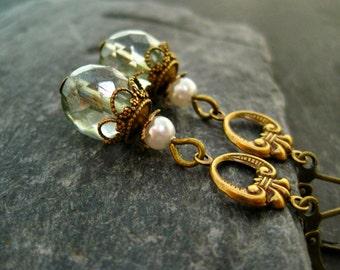 Earrings sage green vintage light green czech glass beads dangle earrings filigree art nouveau earrings vintage earrings antiqued brass