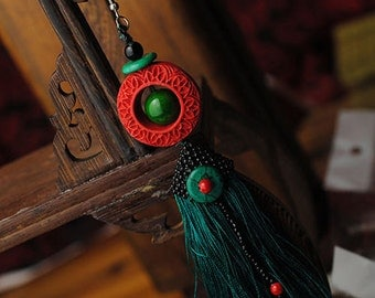 Single Red Lacquer Circlet & Green Tassel Earring with chinese silk gift bag