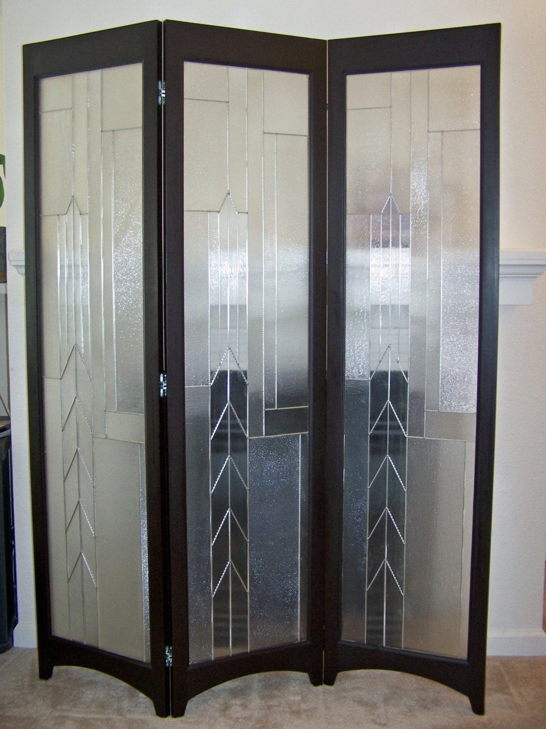 Stained glass room divider 3 panel screen metropolis java for Window dividers