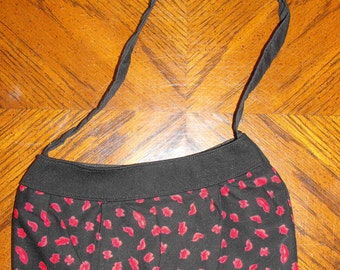 Red Lips Small Buttercup Bag
