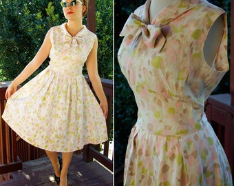 Light SPRING 1960's 50's Vintage Creamy Light Pink and Mint Floral FULL Day Dress with Bow // size Small Medium