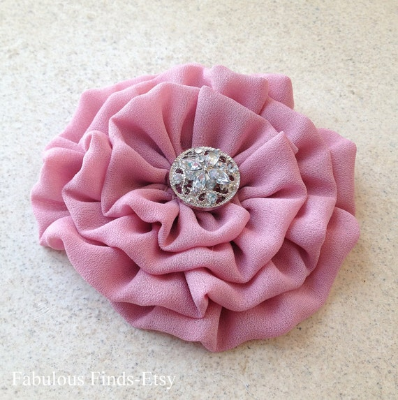 "Mauve Flower hair clip.Mauve flower brooch.pin.Mauve Pink.Dusty Rose.bridesmaid headpiece.wedding.corsage. 3.5"".Dusty Mauve.fabric flower"